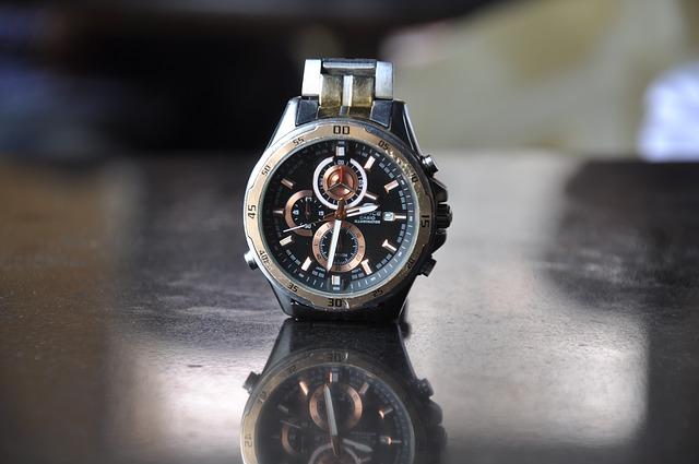 stříbrné pánské hodinky