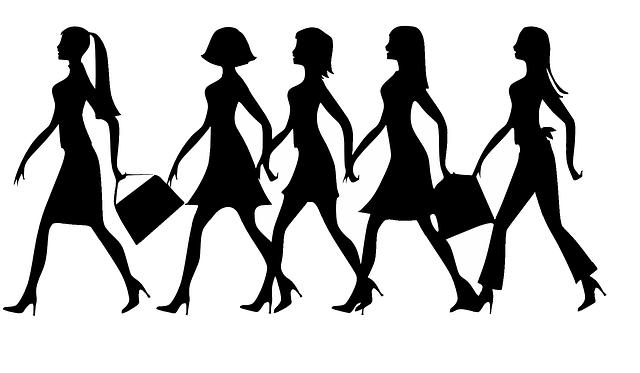 siluety žen, podpatky, tašky