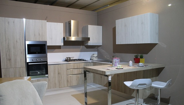 světlá kuchyně
