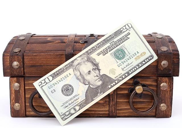 bankovka u truhly.jpg