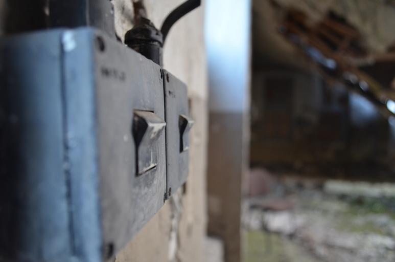 staré vypínače