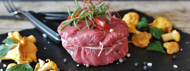 syrový hovězí steak