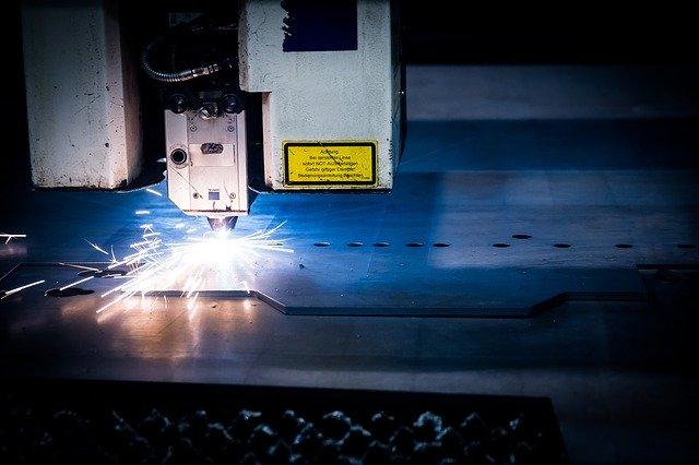 laserové řezání plechů