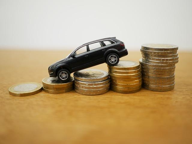 auto na eurových mincích